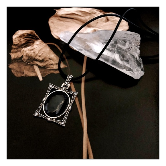 Artisan Shungite Healing & EMF Protection Pendant Boutique
